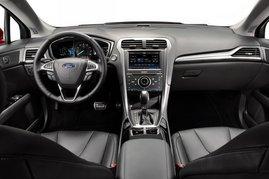Форд Mondeo/Fusion: интерьер