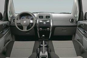 Suzuki SX4. Интерьер