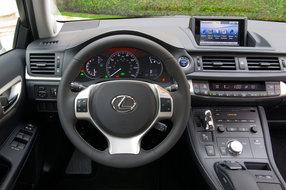 Lexus CT200 h фото