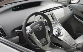 Тоета Prius фото