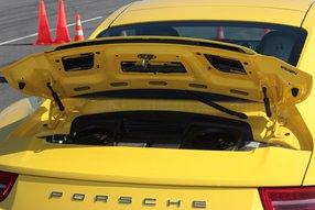 """Так смотрится """"моторный отдел"""" Porsche 911"""