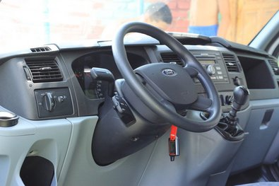 Передняя панель Форд Transit 2012
