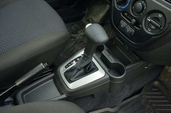 Lada Granta с Коробка автомат