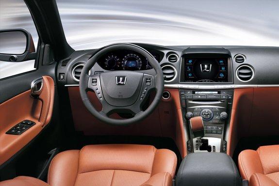 Luxgen7 SUV. Интерьер