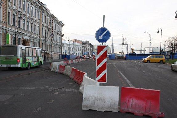 Набережная Макарова