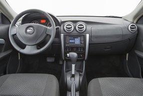 Nissan Almera. Интерьер