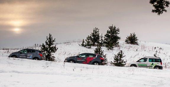 Опель Mokka 1.8 4WD, Skoda Yeti 1.8 4WD, Kia Sportage 2.0 4WD