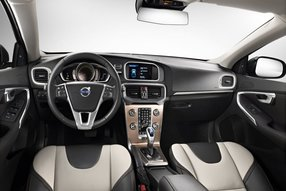 Volvo V40 Cross Country. Интерьер