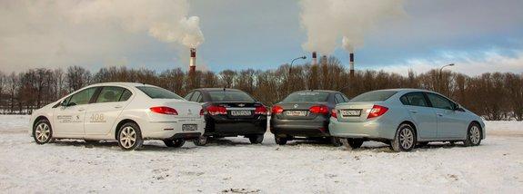 Фольксваген Jetta, Honda Цивик, Шевроле Cruze и Peugeot 408
