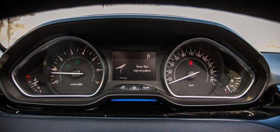 Щиток устройств Peugeot 208