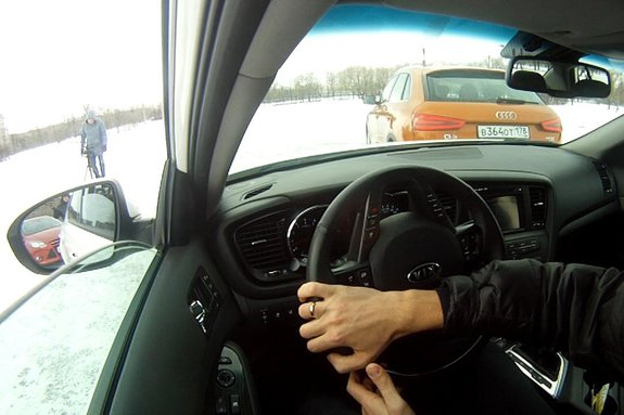 Ауди Q3, Kia Optima и Форд Фокус: тестируем системы автоматической парковки