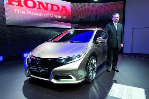 «Шпионские» фото: новый Honda Цивик Tourer