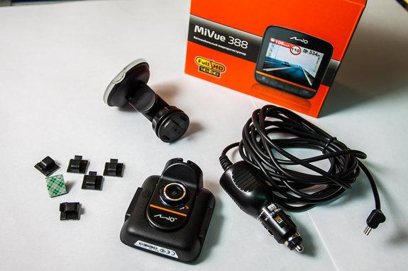 Видеорегистратор Mio MiVue 388 набор