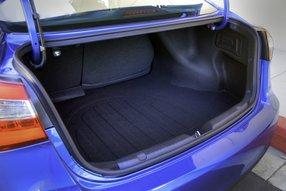 Kia Cerato: багажное отделение
