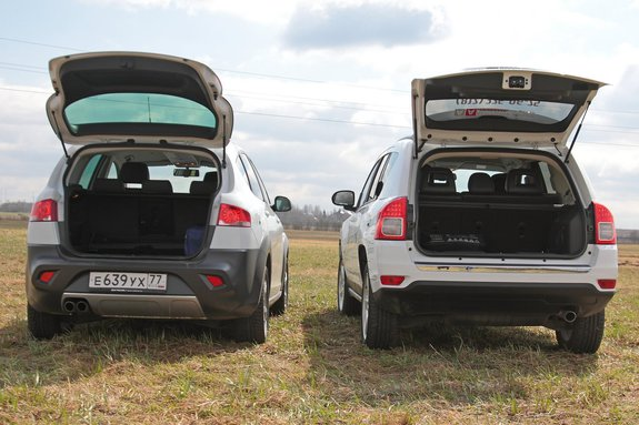 Jeep Compass и Seat Altea Freetrack