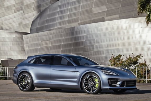 Porsche Panamera Спорт Turismo