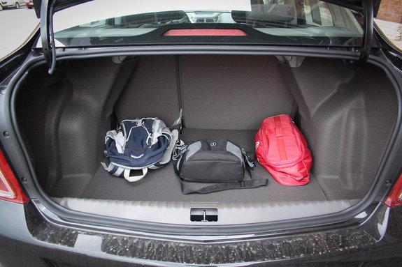Шевроле Cobalt багажник