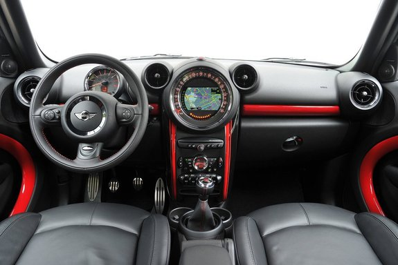 Интерьер MINI Countryman John Cooper Works