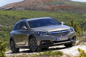 Опель Insignia Country Tourer