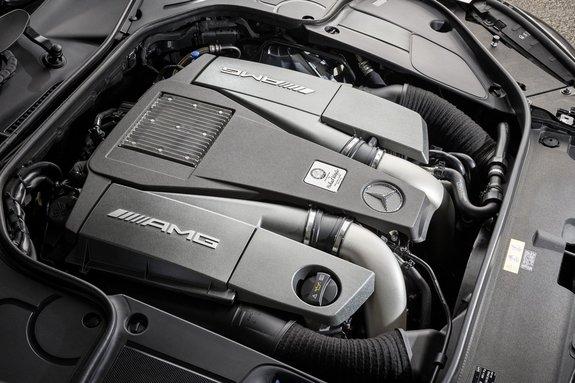 Движок V8 5.5 Мерседес-бенз S63 AMG