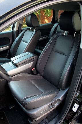 Фронтальные кресла Мазда CX-9