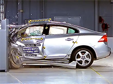 Люксовые авто провалили новый краш-тест в США (ВИДЕО)