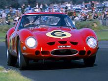 Ferrari полувековой давности стал самым дорогим автомобилем мира - он стоит 52 млн долларов