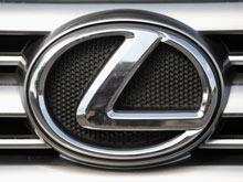 Гибридный хэтчбек Lexus ждет рестайлинг