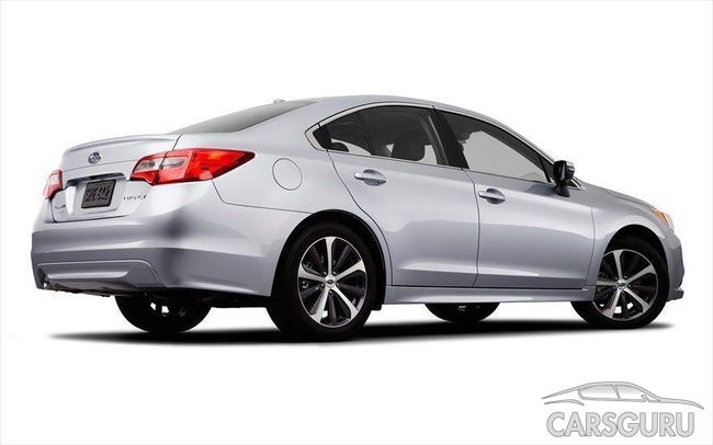 Новую Subaru Legacy представили «вживую»