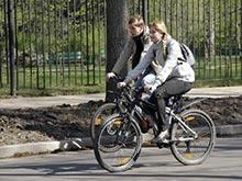 В Рф вступили в силу новые ПДД для велосипедистов и водителей мопедов