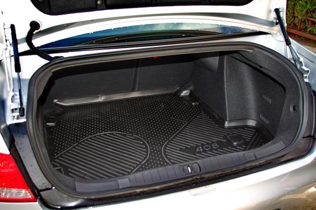 Peugeot 408: с мини-дизелем для макси-путешествий